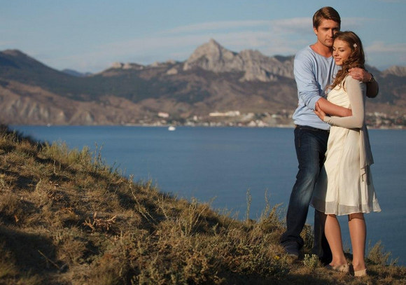 Антон и Вера из сериала Верни мою любовь