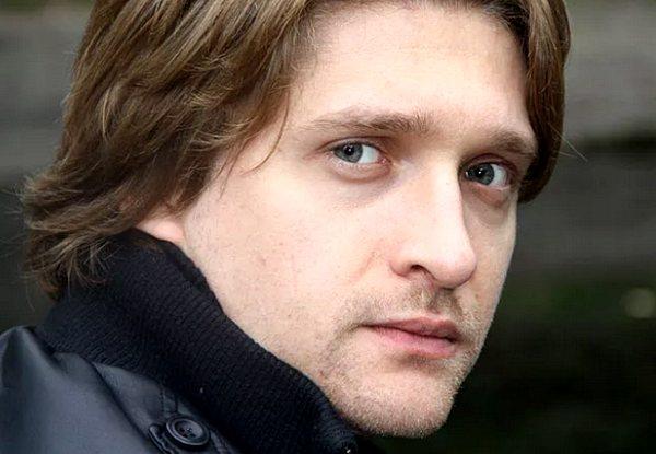 актер Дмитрий Пчела