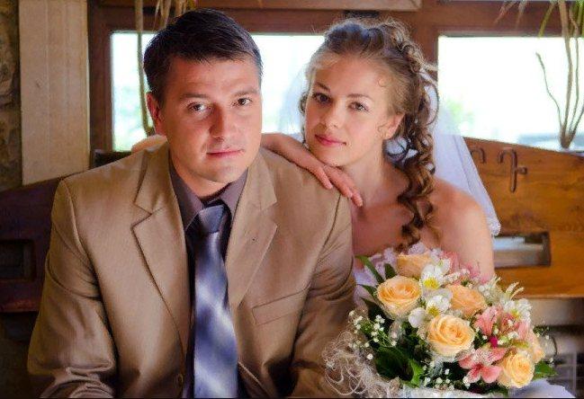Олеся Фаттахова со свом мужем актером Романом Степенским