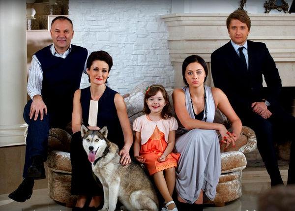 семья Антона Карагода из сериала Верни мою любовь