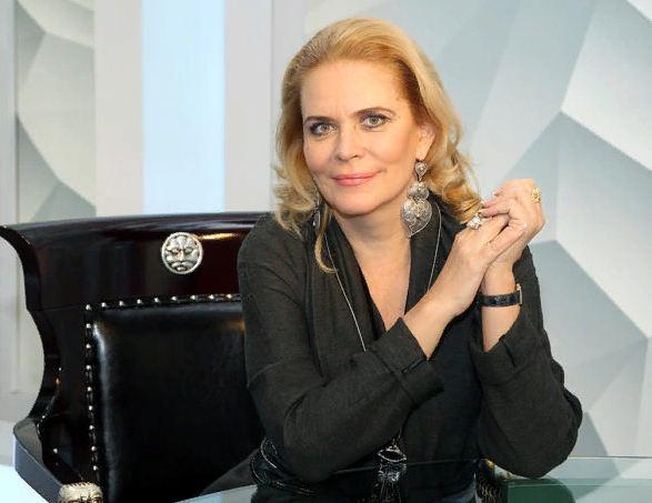 актриса Алена Яковлева